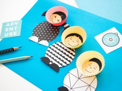 Une activité amusante pour les jours d'hiver : Fabriquer de super mignons Esquimaux avec des coupes en papier à muffins !